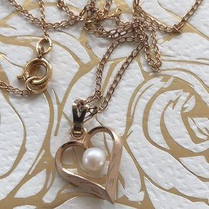 Jewelry - Gold filled heart pendant with genuine pearl